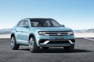2015 Volkswagen Cross Coupe GTE Concept